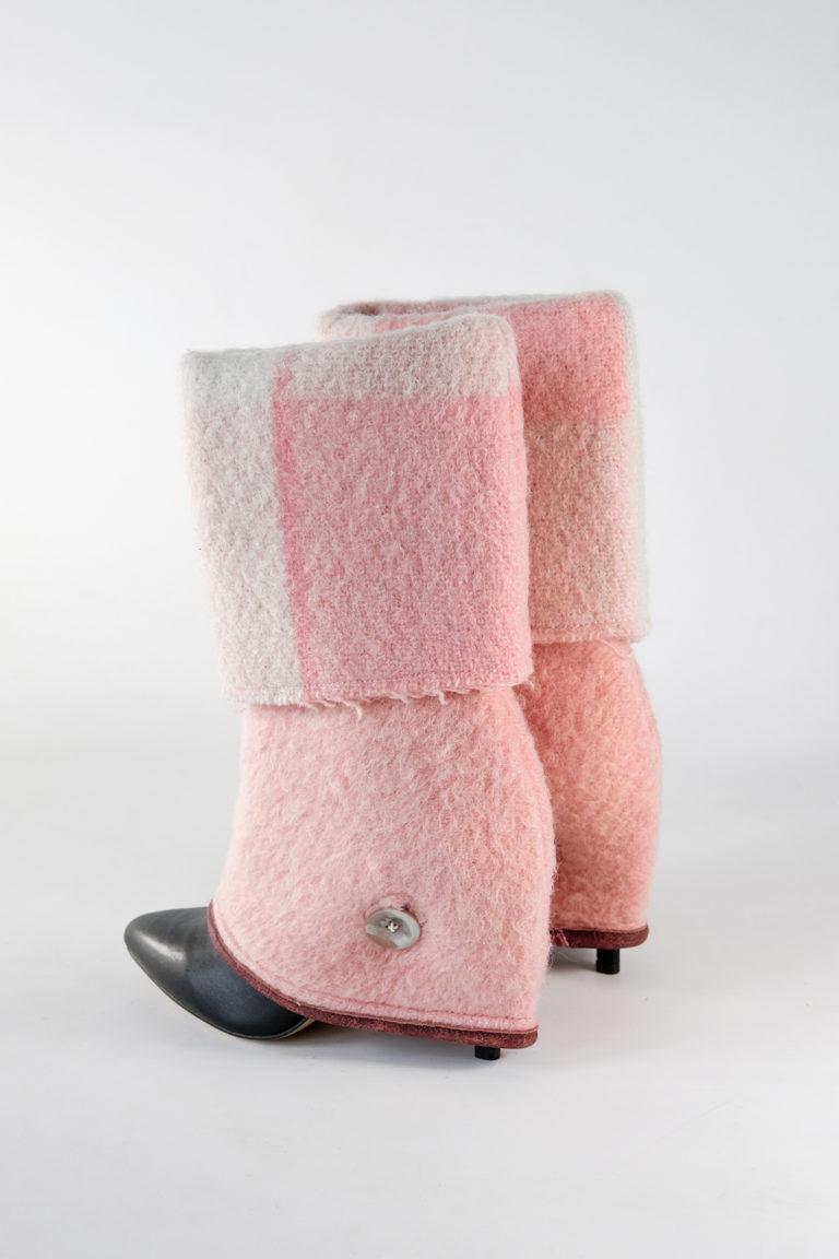 jennifer pink checkers