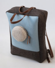 Backpack brown blue blond