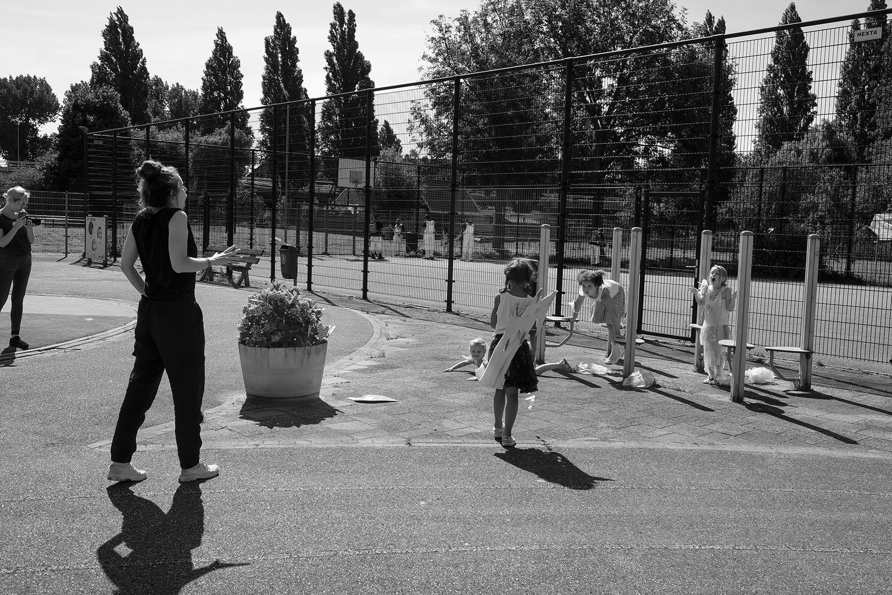 rehearsals with Zeus and the wind-children Vreewijk moving statue summerschool